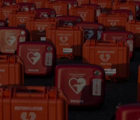 Defibrylator AED - poznaj jego możliwości i funkcje!